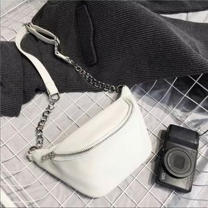 Handbags - NEW WHITE CROSSBODY BELT BAG FANNY PACK